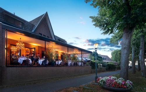Aubergine Logeren & Dineren, Maasbree