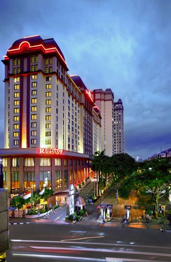 Redtop Hotel & Convention Center, Central Jakarta