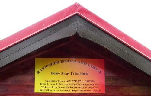 Raynold's Board & Lodge, Port Vila