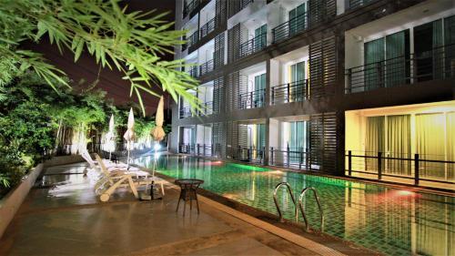 Retreat Resort Pattaya, Bang Lamung