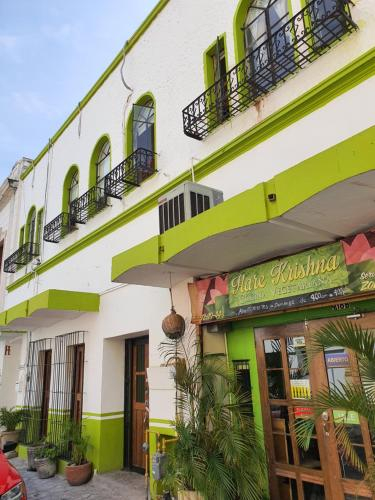 OYO Hotel Hare Krishna, Monterrey