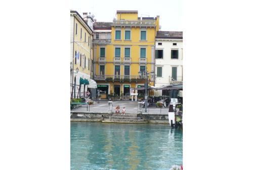 All'Orologio, Verona
