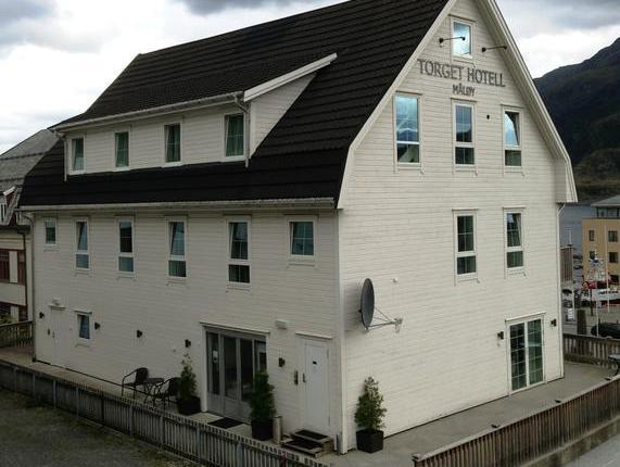 Torget Hotell, Vågsøy