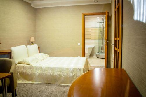Elite Hotel,