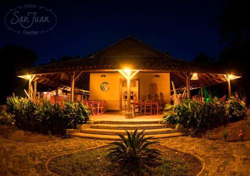 Hotel San Juan Ometepe, Lago de Nicaragua