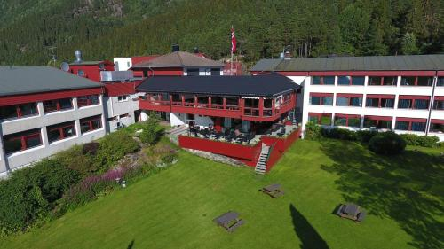 Revsnes Hotel, Bygland