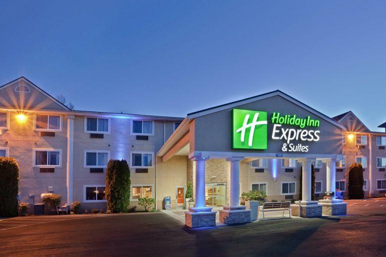 Holiday Inn Express & Suites Burlington, Skagit