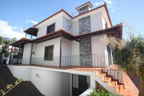 Train House, Funchal