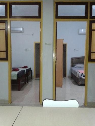 Wisma Mutiara Hotel, Padang