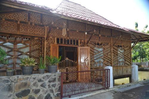 Guest House Riung Bambu, Ciamis