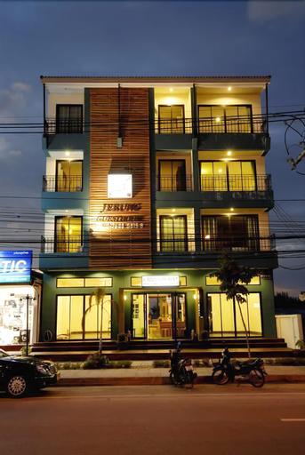 Jerung Hotel, Takua Pa