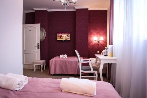 Hotel Madelaine, Lwówek Śląski