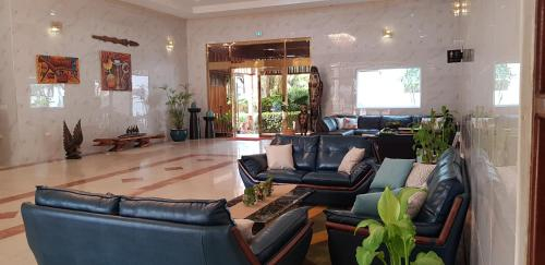 Hotel Genesis, Talasea