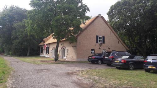 B&B Charming Farmhouse, Breda