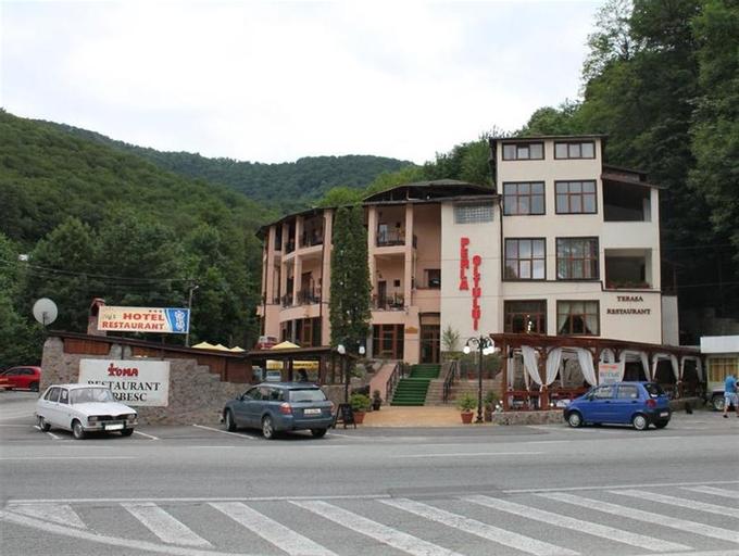 Hotel Perla Oltului, Calimanesti