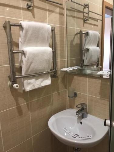 Готель Зірка, Kirovohrads'kyi
