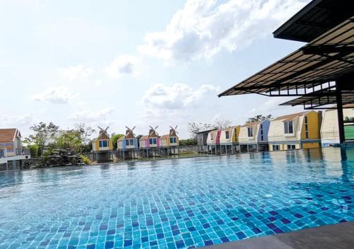 My Home&Pool, Bang Bua Thong