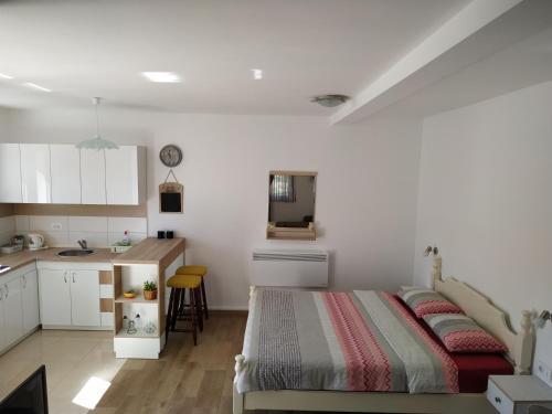 Apartments Gruda,