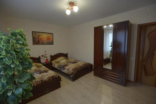 Hotel Lux, Krasnogvardeyskiy rayon