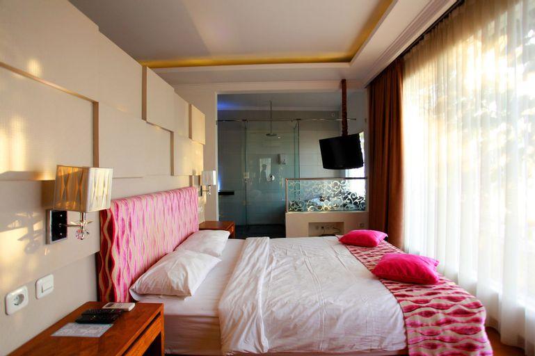Ocean View Residence Hotel Jepara, Jepara