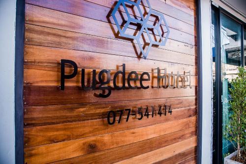 Pugdee Hotel, Lang Suan