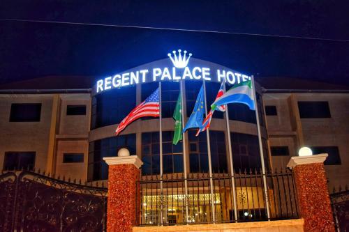 Regent Palace Hotel, Western Urban