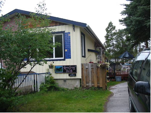 Ravensong Guest House, Yukon