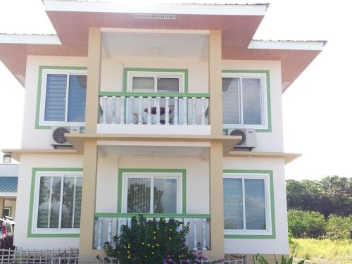 Bon2Beach Guesthouse, Romblon