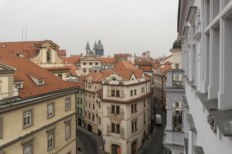 Royal Road Residence, Praha 1