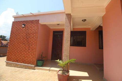 wynes guest house, Mbale