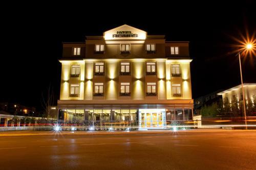 Hotel Resurs,