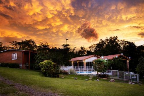 Vista Alegre Natural Resort, Independencia