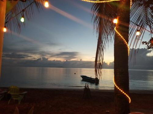 Las Palmeras Oceanfront Hotel, Laguna de Perlas