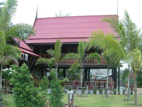 Vasana Ruan Thai, Thap Sakae