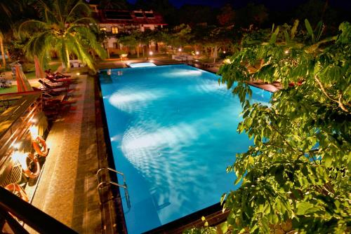 Hotel 4 U Saliya Garden, N. Palatha Central