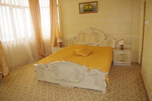 Tundzha Hotel, Yambol