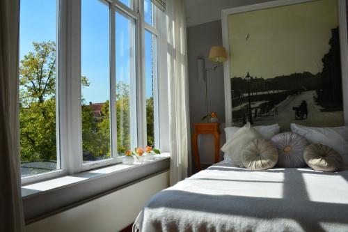 Suite de Noordt, Bergen op Zoom