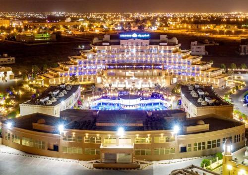 Al Salam Grand Hotel & Resort,