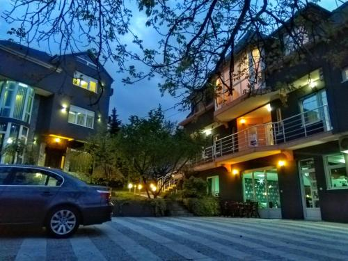Garni Hotel Lama, Kragujevac