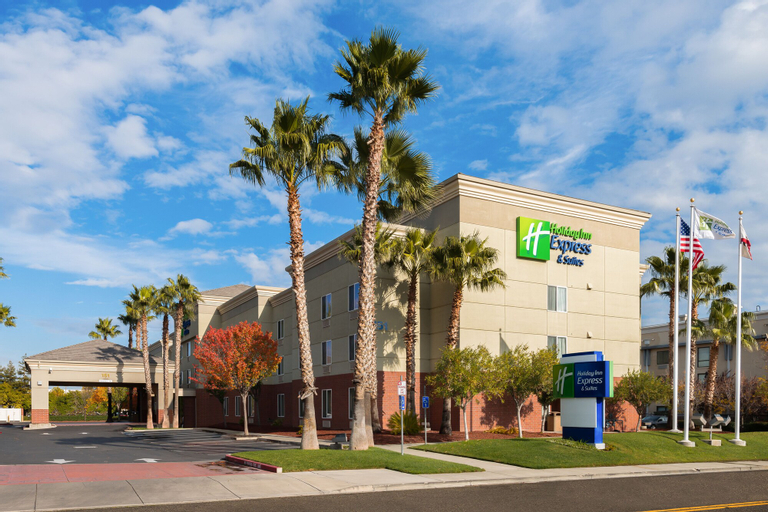 Holiday Inn Express Hotel & Suites Vacaville, Solano