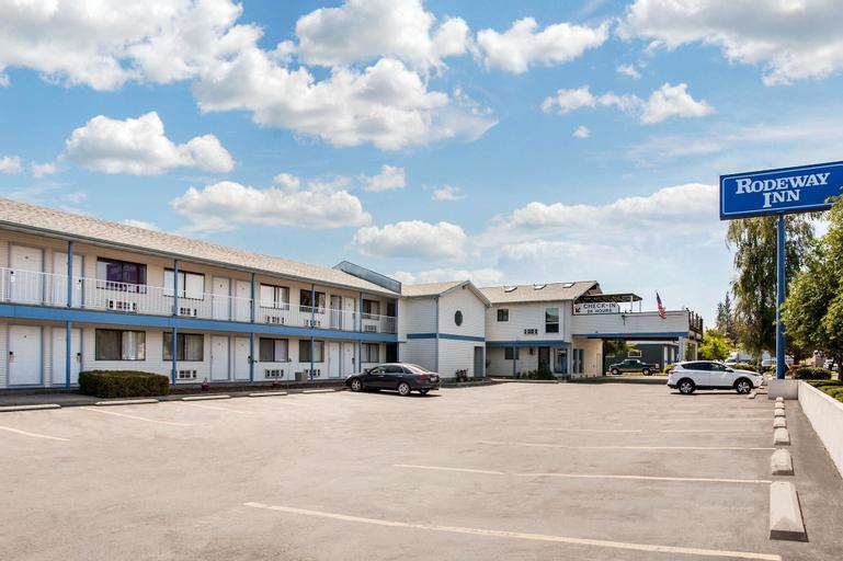Rodeway Inn, Kootenai