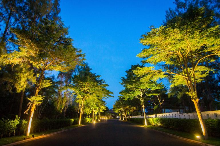 Horseshoe Point Pattaya, Bang Lamung