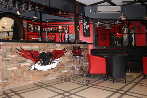 Biker's Pub, Oleksandriis'kyi