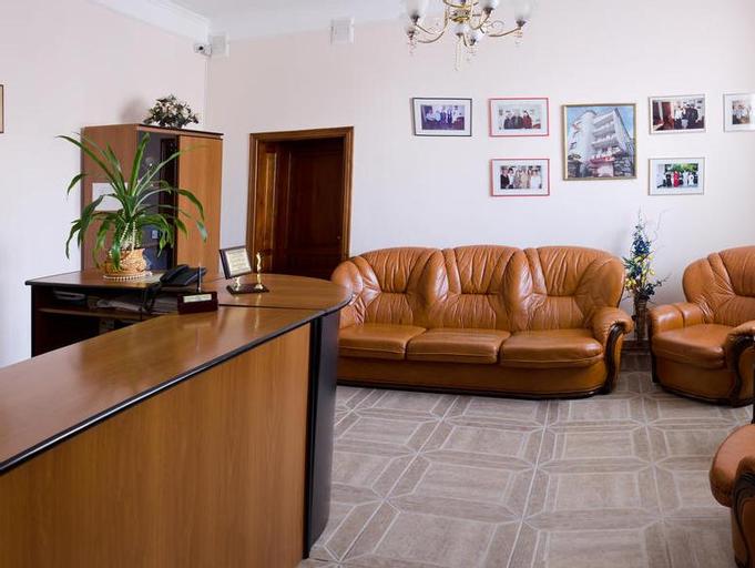 Hotel Complex Uhnovych, Ternopil's'ka