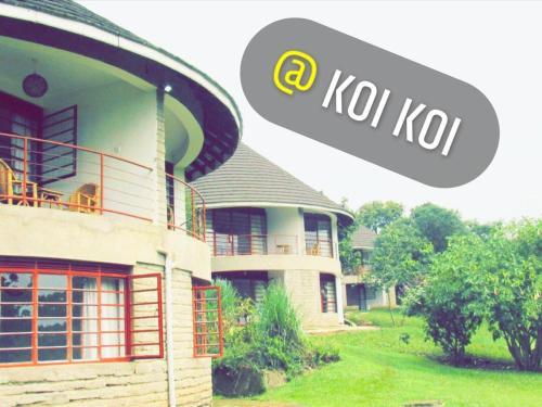 Koi Koi, Fort Portal