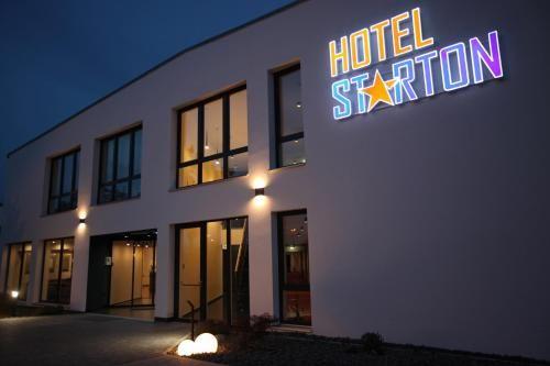 Hotel Starton am Village, Ingolstadt