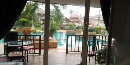 splash swiming pool, Bang Lamung