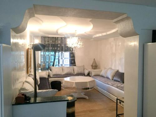 House with 2 bedrooms in Casablanca with wonderful city view furnished garden and WiFi 60 km from th, Casablanca