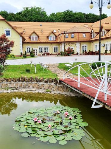 Hotel Magnat, Ostrowiec