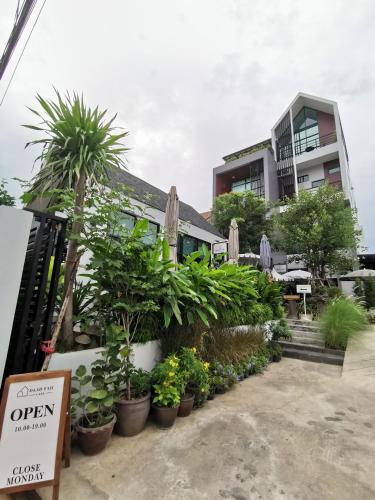 DAAD FAH home and cafe, Muang Phetchaburi